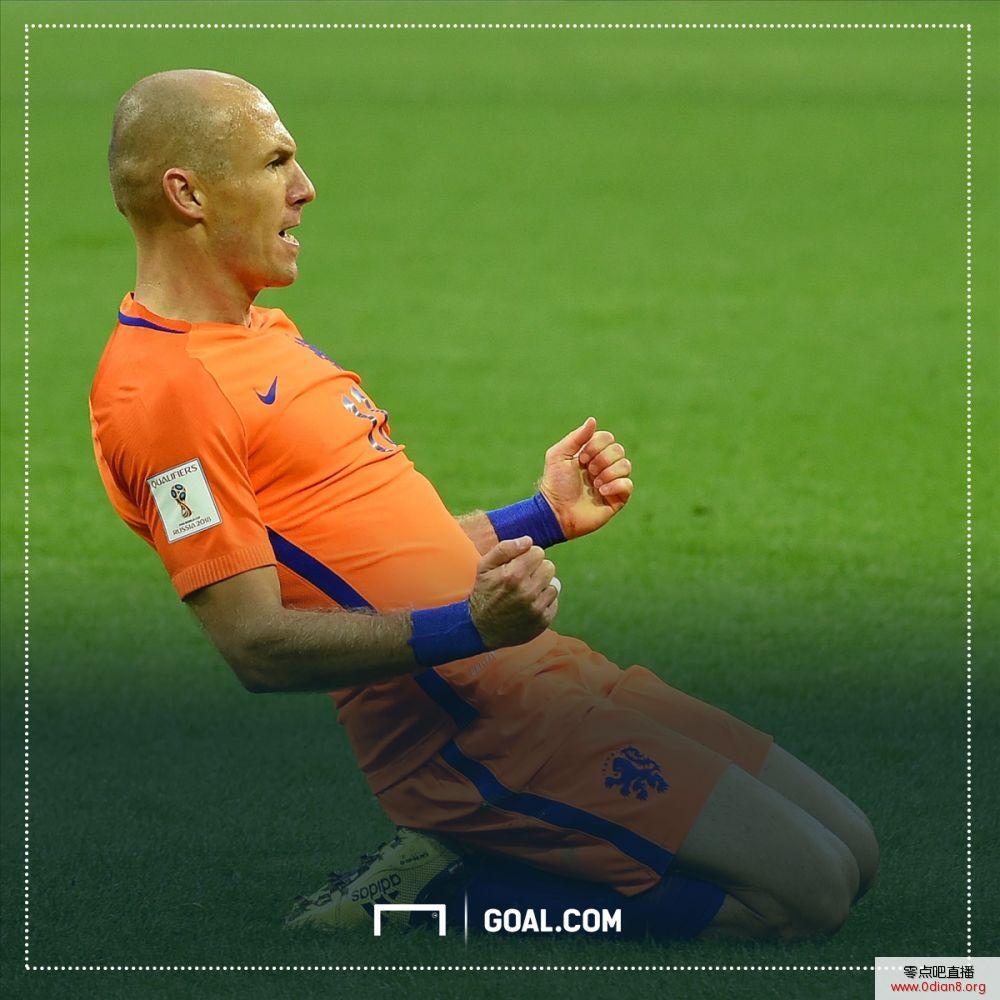 再来看看现在这支荷兰,头号射手扬森效力于费内巴切,同样打进4球的